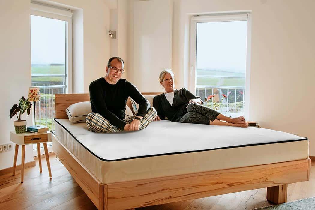 Natural latex mattress 100 una delux 1050