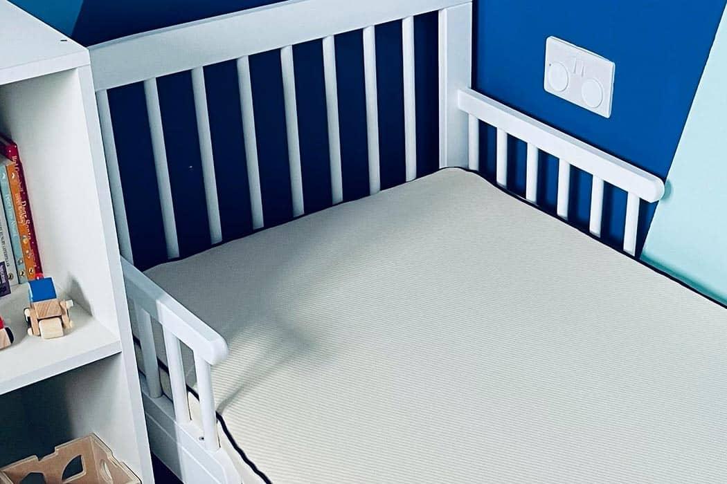Natural latex kids mattress una 1050